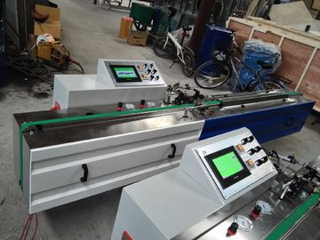 Le PLC commandent la vitesse fonctionnante 4~40m/minute 2.2KW de PIB de machine butylique automatique d'extrudeuse